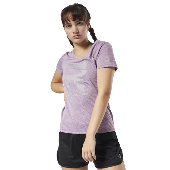 Reebok - Running Reflective Graphic Tee Twisted Berry D78941