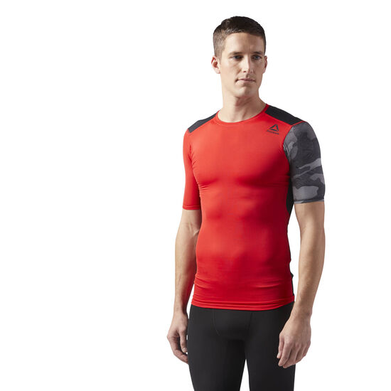 Reebok - ACTIVCHILL Graphic Compression Tee Primal Red CD5208